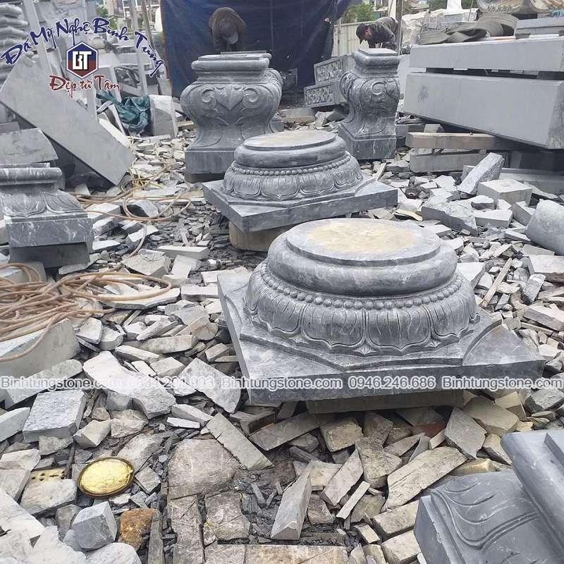Chân cột đá vuông làm từ đá xanh đen