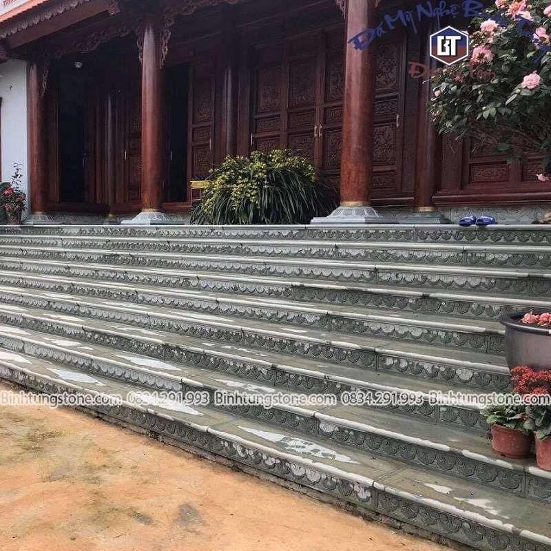 đá lát bậc thềm